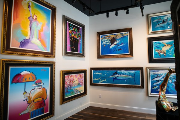 """It's the final week for fine artists from Hawaii to submit their entries to Park West Gallery's new """"Made in Hawaii"""" artist competition. Eligible participants can enter the competition by submitting images of three original works of art—whether a drawing, painting, print, collage, sculpture, or illustration—to madeinhawaii@parkwestgallery.com."""